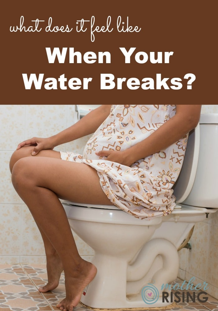What does it feel like when your water breaks? Many women report that water breaking feels familiar and foreign all at the same time.  #pregnancy #thirdtrimester #birth #childbirth #momlife